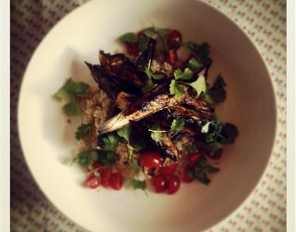 Aubergines miso, coriandre et riz complet