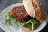 Burger aux betteraves rouges