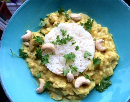 Chou pointu au curry et noix de cajou