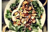 Légumes d'automne rôtis sucrés salés et chou kale