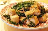 Nouilles sautées au tofu et chou vert