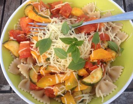 Pâtes d'été aux légumes tricolores